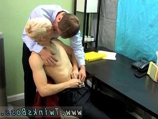 Solo boy gay porno Patrick is arched over the desk with his | boys  gays tube  skinny  solo tv