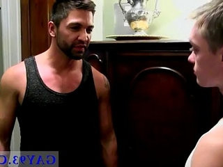 Gay xxx homo anal young Stuart takes the notion of apartment service | anal top  bears best  gays tube  homosexual  takes videos  young man