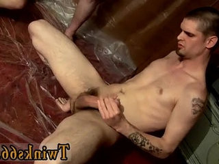 Naked men The guys are gathering around and draining off over him | around  mens  naked  trimmed