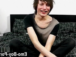 Emo gay dick humping Jesse Andrews is only 18 years old and hasnt | dicks  emos hot  gays tube  money  old